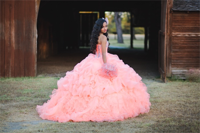 Carolina | QUINCEAÑERA SESSION DALLAS, TX